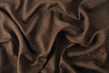 くちゃくちゃの茶色い布