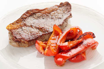 New York steak with grilled bell pepper