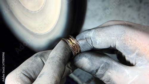 Aluminium Edelsteen Polishing Gold Ring
