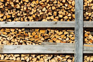 Holzlager von Brennholz