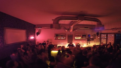 Party-Lapse-02