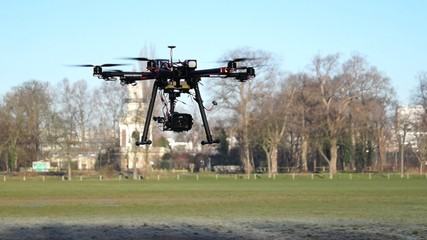 drone en vol 2