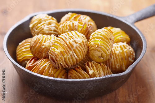 Hasselback potatoes - 79834983