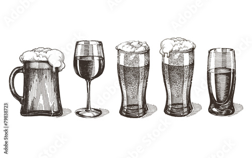 bar alcoholic drinks on a white background. sketch - 79838723