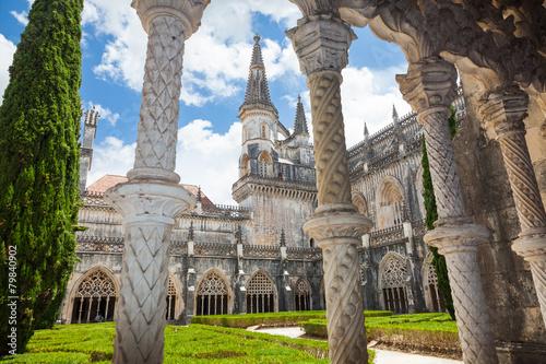 Papiers peints Con. Antique Royal cloister of Batalha monastery, Portugal