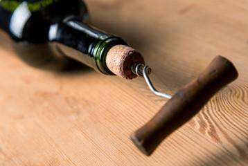 Screw in a cork