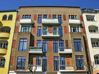 17 Eigentumswohnungen