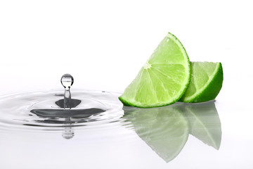 Lime slices and water drop