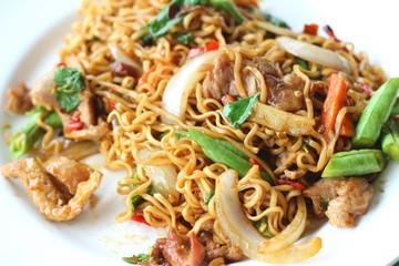 Stir fried noodle spicy in pork