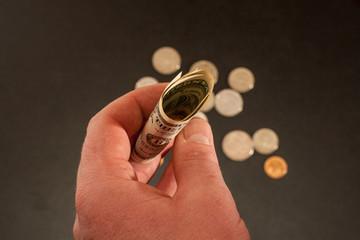 Круглые деньги