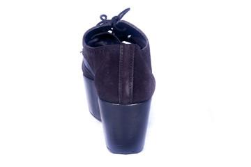 Bota negra moda española