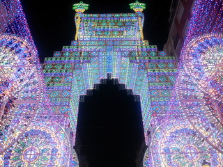 Calles iluminadas en Valencia, fallas 2015