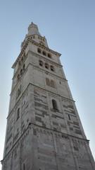 Ghirlandina Modena