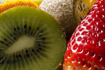 fragole e kiwi