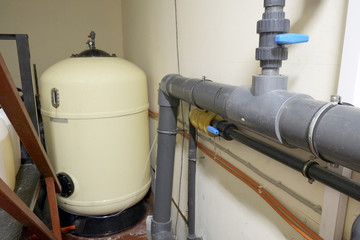 Water filters and pipes