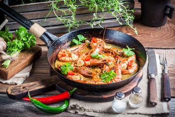 Tasty shrimps with garlic and coriander
