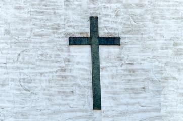 Wand mit Kreuz
