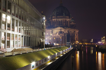 berliner dom mit schloß neubau