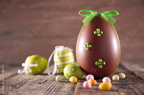 Deurstickers Egg easter chocolate eggs