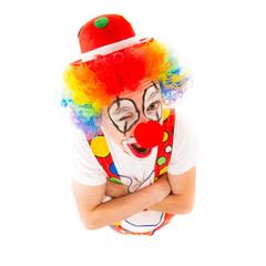 clown schaut nach oben