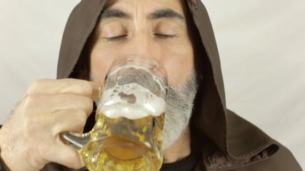Friar beer irresistible drunk