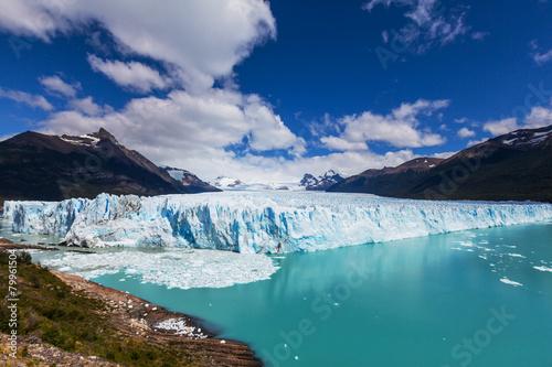 Leinwanddruck Bild Glacier in Argentina