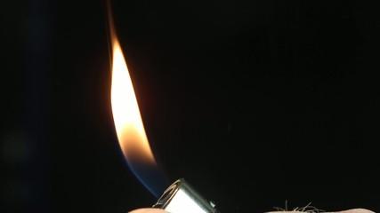 Cigarette lighter - Slow motion