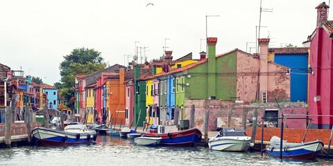 Der Hafen von Burano