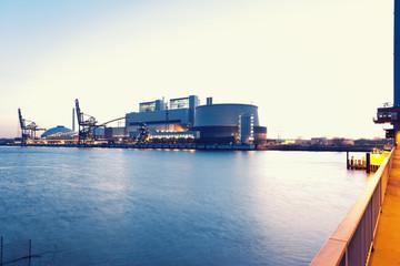 Deutschland, Hamburg, Kohlekraftwerk Moorburg an der Elbe