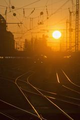 Deutschland, Bayern, München, Blick auf Hauptbahnhof bei Sonnenuntergang