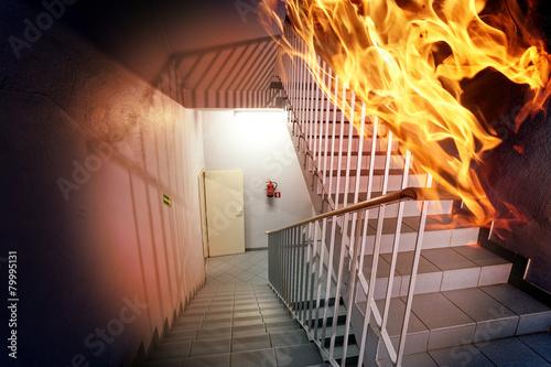 Zdjęcia na płótnie, fototapety, obrazy : Fire in the building