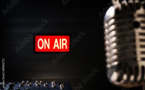 Leinwanddruck Bild On air signboard in sound studio