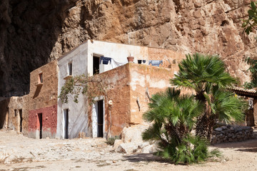 Mangiapane cave, Sicily : a village in a cave