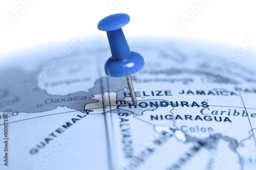 Fotobehang Centraal-Amerika Landen Location Honduras. Blue pin on the map.