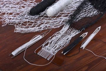 Tools for weaving fishnet