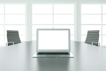 Laptop Computer mit Bildschirm bei Präsentation