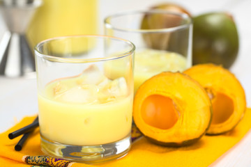 Peruvian cream liqueur made of lucuma fruit