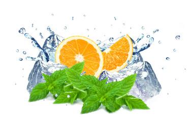 orange and water splash © slawek_zelasko