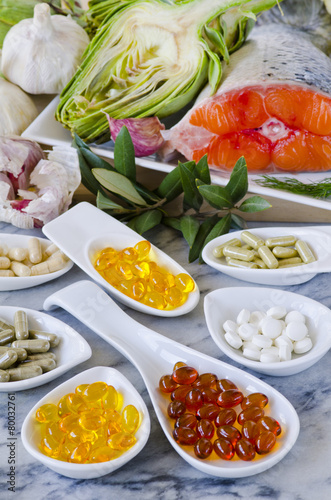 Variety of nutritional supplements. - 80032761