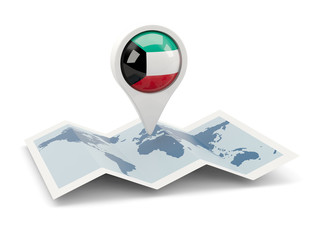 Round pin with flag of kuwait