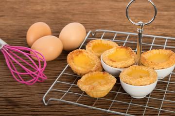 Baked egg tart on tray