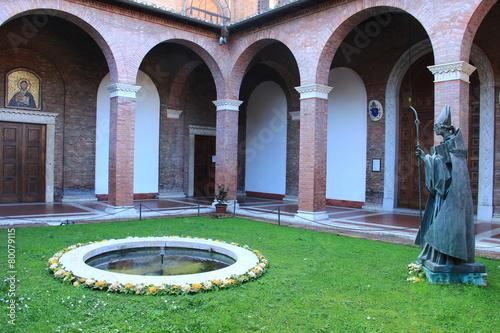 Roma Aventino. Chiostro della basilica di S. Anselmo - 80079115