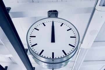 12 o'clock, train station clock.