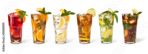 Glasses of fruit drinks with ice cubes - 80088991