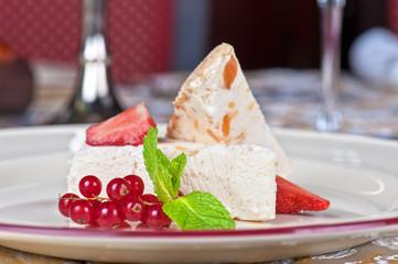 cream berries dessert