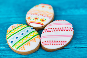 Easter cookies, three small cookies