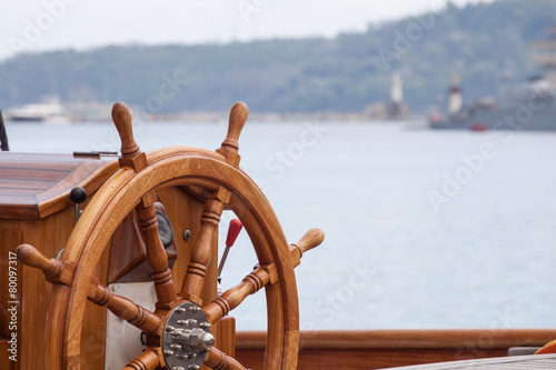 Aluminium Schip Old boat steering wheel from wood