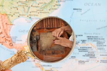 Cuban cigar maker