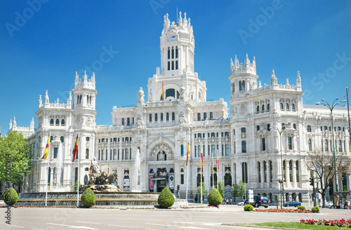 Papiers peints Con. Antique Palacio de Comunicaciones, famous landmark in Madrid, Spain.