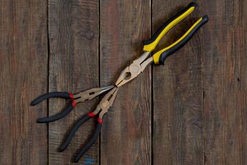 Repair tools: pliers